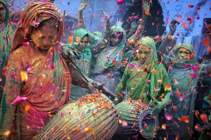 Holi-Celebrations-In-Vrindavan-India