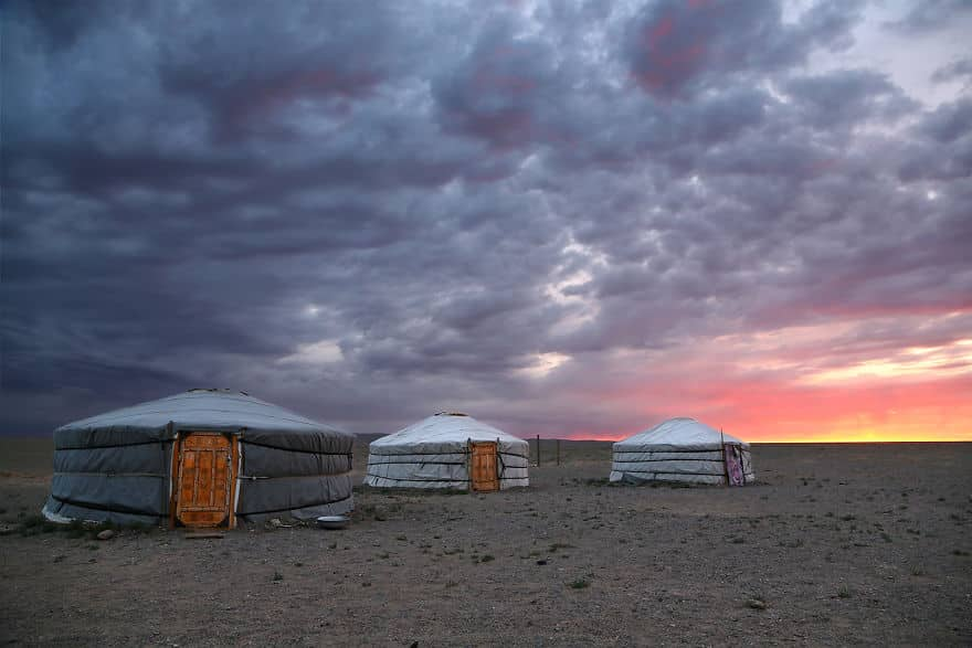 Sunrise-In-Gobi-Desert-Mongolia