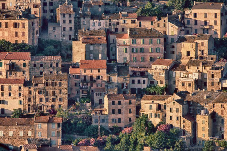 Дома в деревне Olleta, Корсика