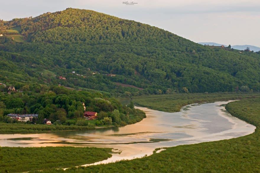 Дунаец (Dunajec) – река в Польше и Словакии