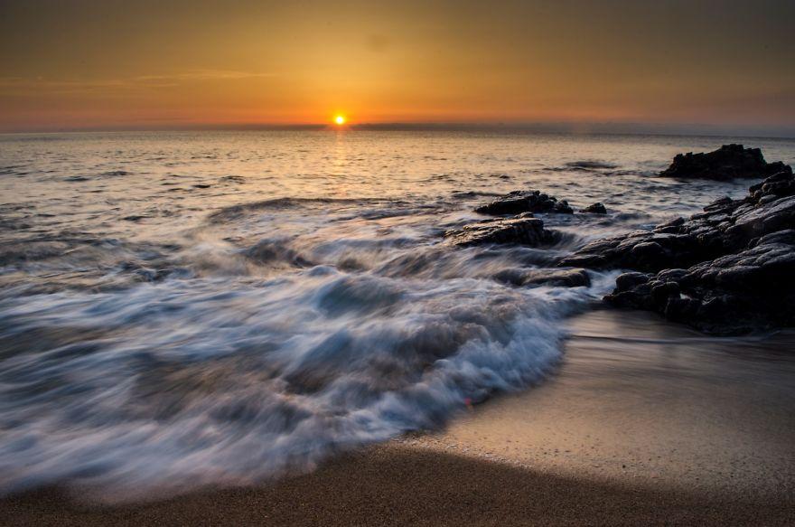 Впечатляющий восход солнца на Корсике