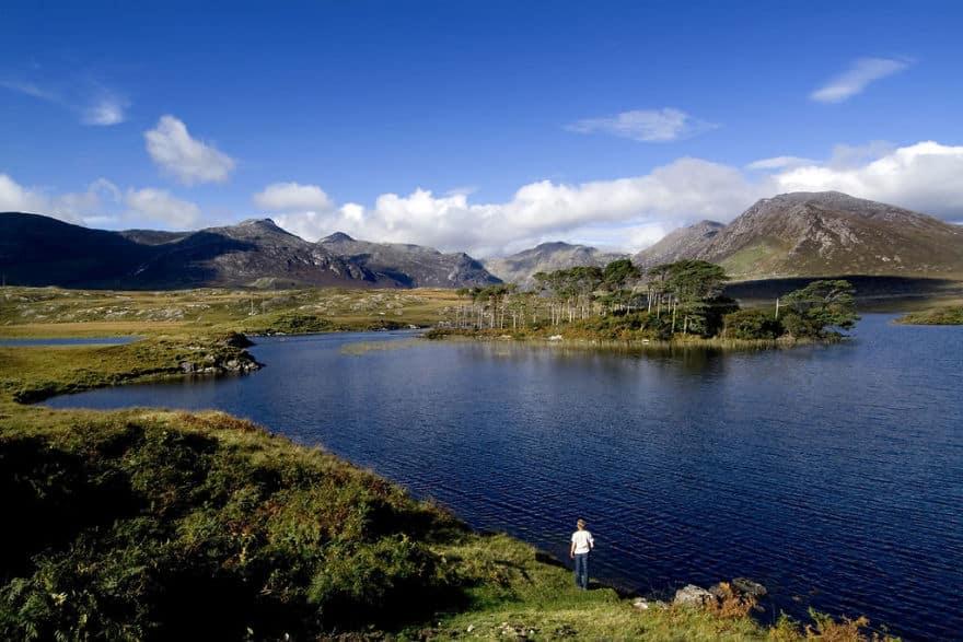пресноводное озеро на западе Ирландии