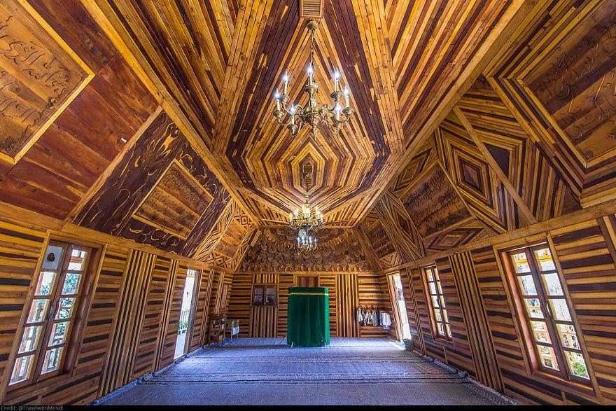 Деревянная мечеть (пример устойчивой архитектуры), Нейшабур, провинция Разави Хорасан
