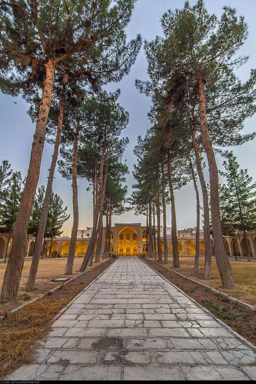 Гробница Асрара, Сабзевар, Провинция Разави Хорасан