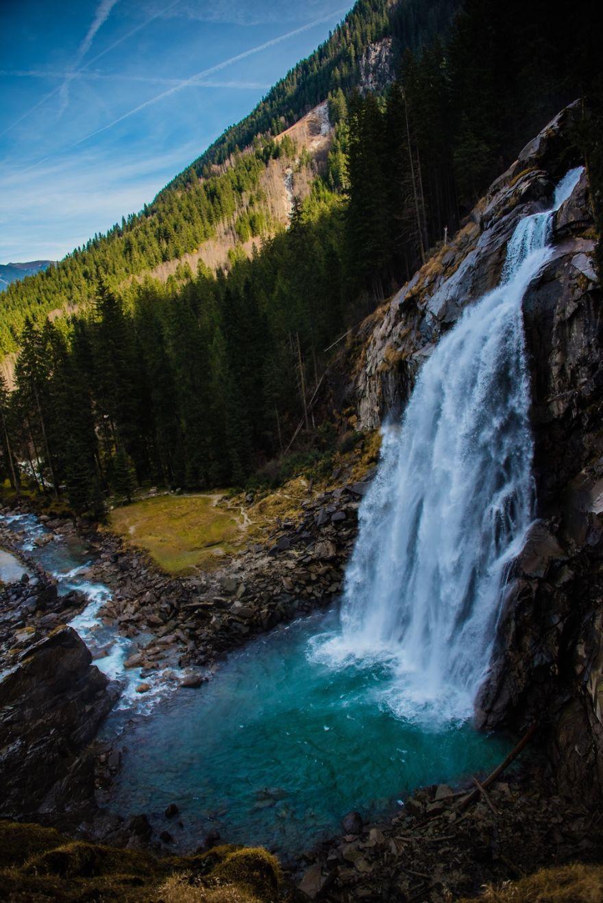 Каскад водопадов Кримль