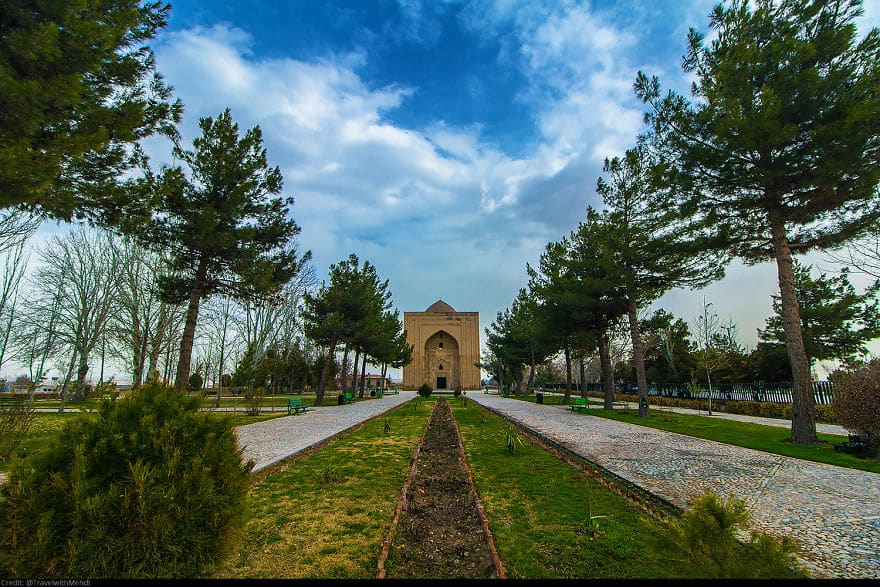 Монастырь Харуний, округ Тус, Мешхед, провинция Разави Хорасан